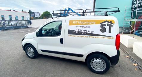Habillage de véhicule pour S&T Maçonnerie à Saint-Rémy de Provence