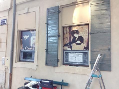 Habillage de vitrines pour le Pressing Piriou à Saint-Rémy de Provence